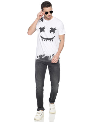 Fashionable style T-Shirt ideal for men with Placement Print