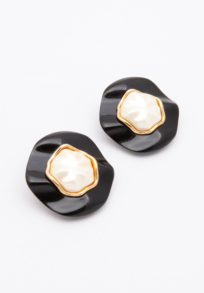 Vintage Chanel Lucite Pearl Earrings