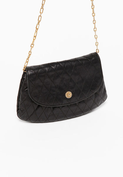 ea8a8d5c86dc Vintage Chanel Black Quilted Clutch Bag – PYRAMODE
