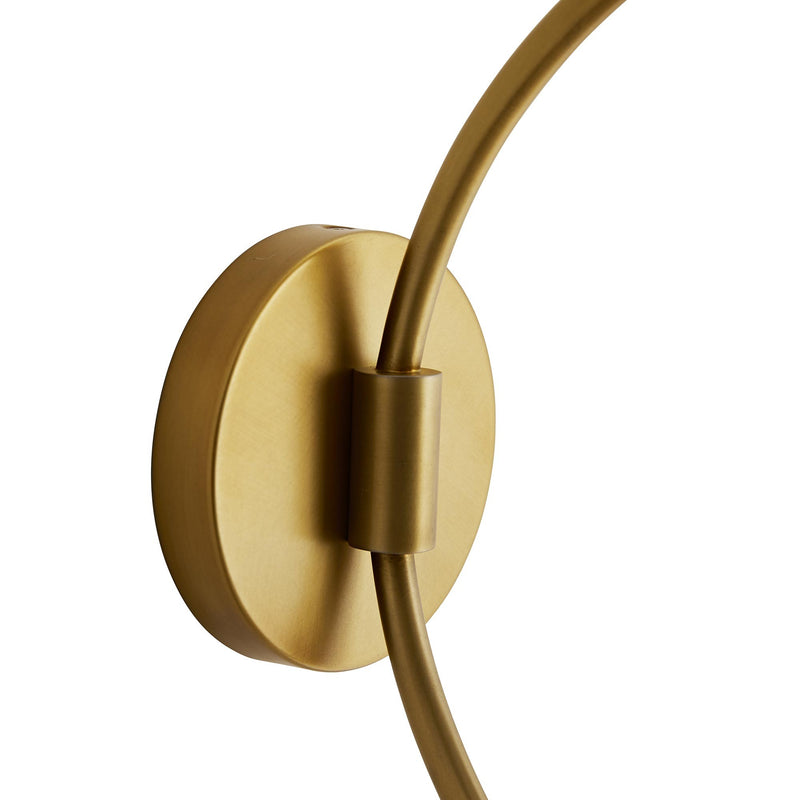 Madge Sconce