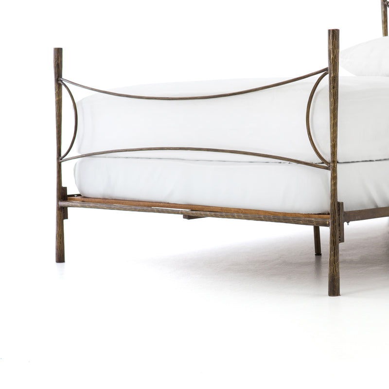 Timber Bed