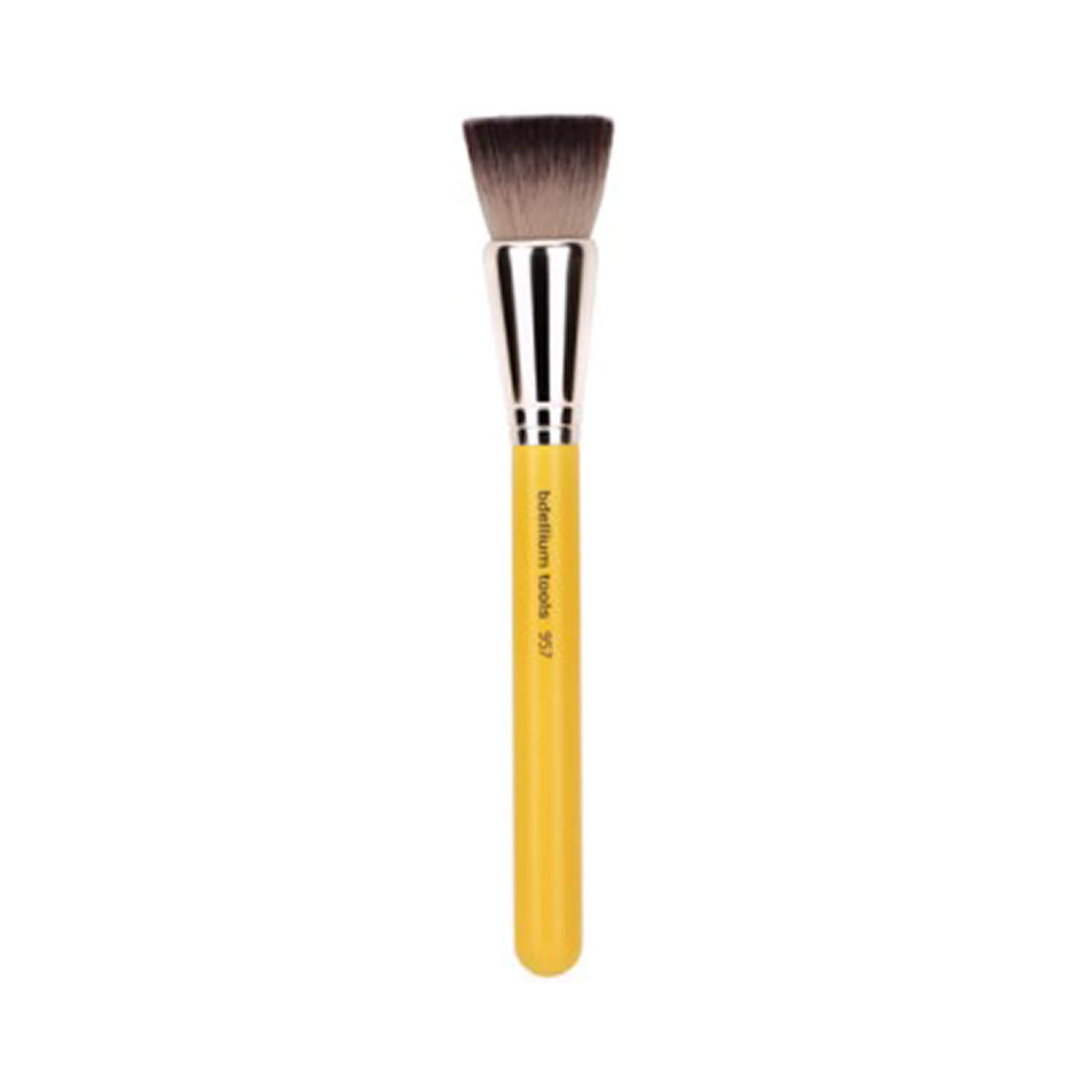 BDellium Tools Studio Line 957 Precision Kabuki Brush Yellow