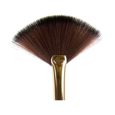 LA Girl USA Fan Brush