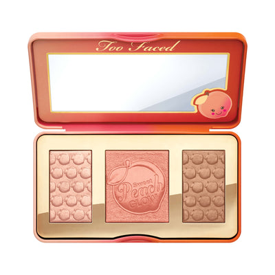 Too Faced Sweet Peach Glow Peach-Infused Highlighting Palette Open