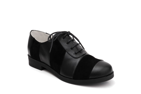 50s Angie Life is a Party Suede Pumps in Black