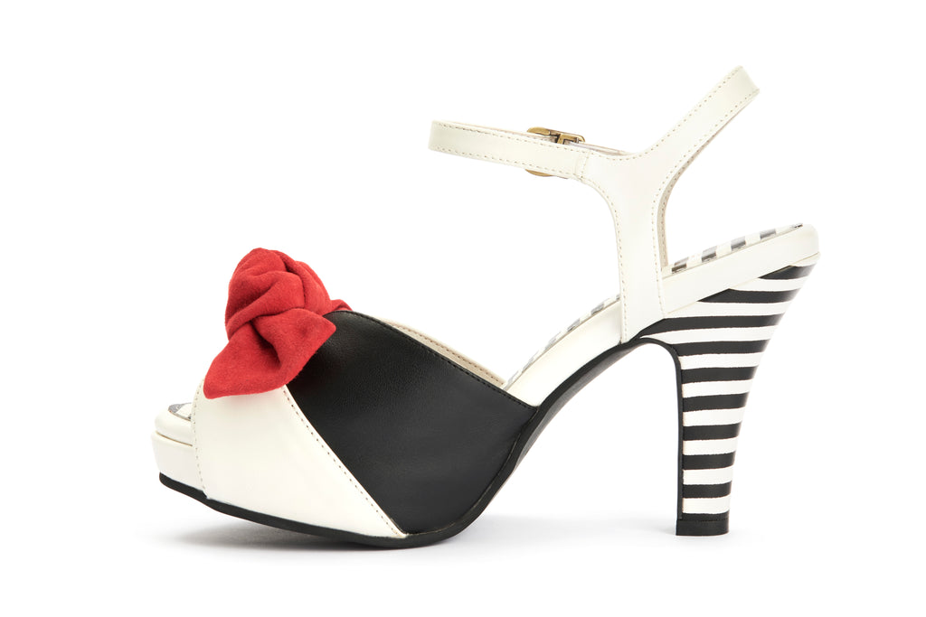 Lola Ramona Shoes - Angie Tribute Sandals in
