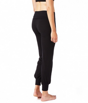 Bamboo yogi pants in black