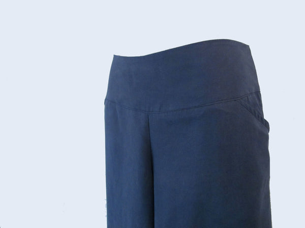 SILKY LINEN TENCEL 3/4 SHORTS - SMOKEY BLUE