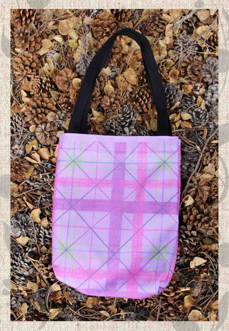 Chrysanthemum Plaid Tote Bags