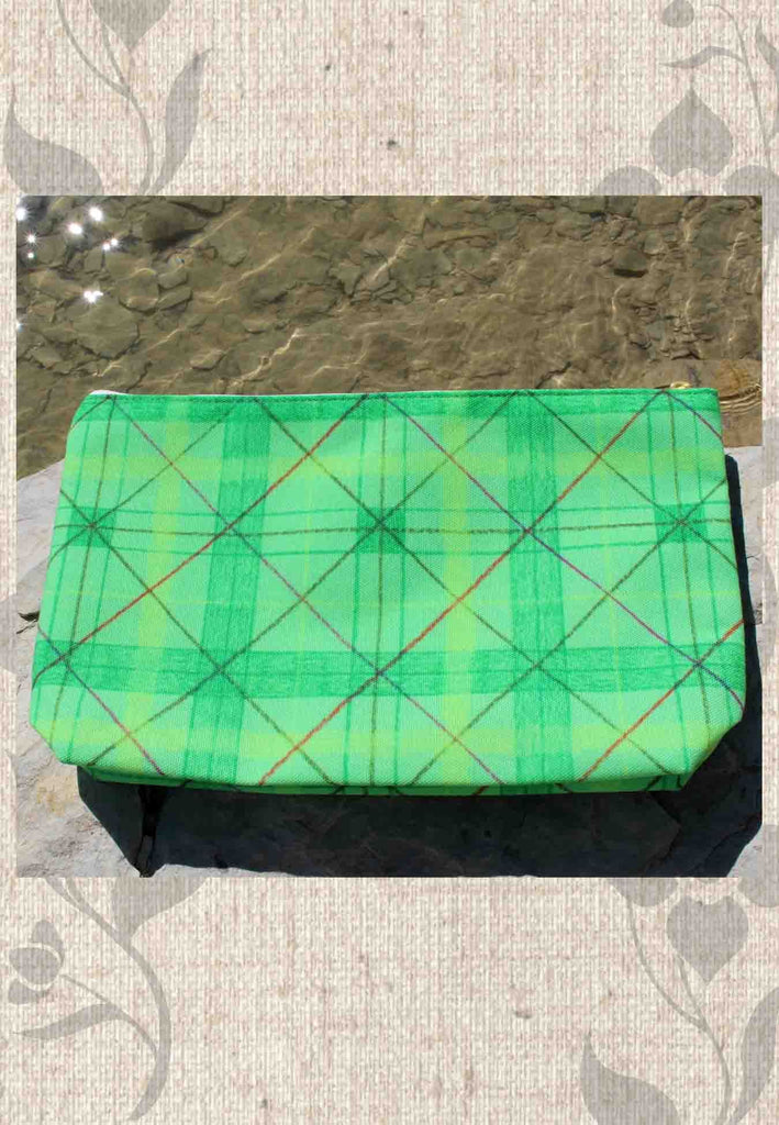 Buy Green Plaid Accessory Pouches with Zippers at Raspberry Lane Crafts