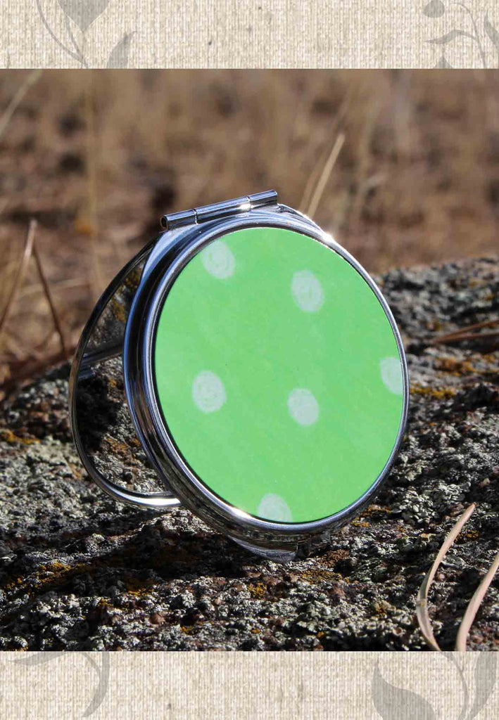 Parrot Green Dot Spotted Purse Compact Mirrors at Raspberry Lane Crafts