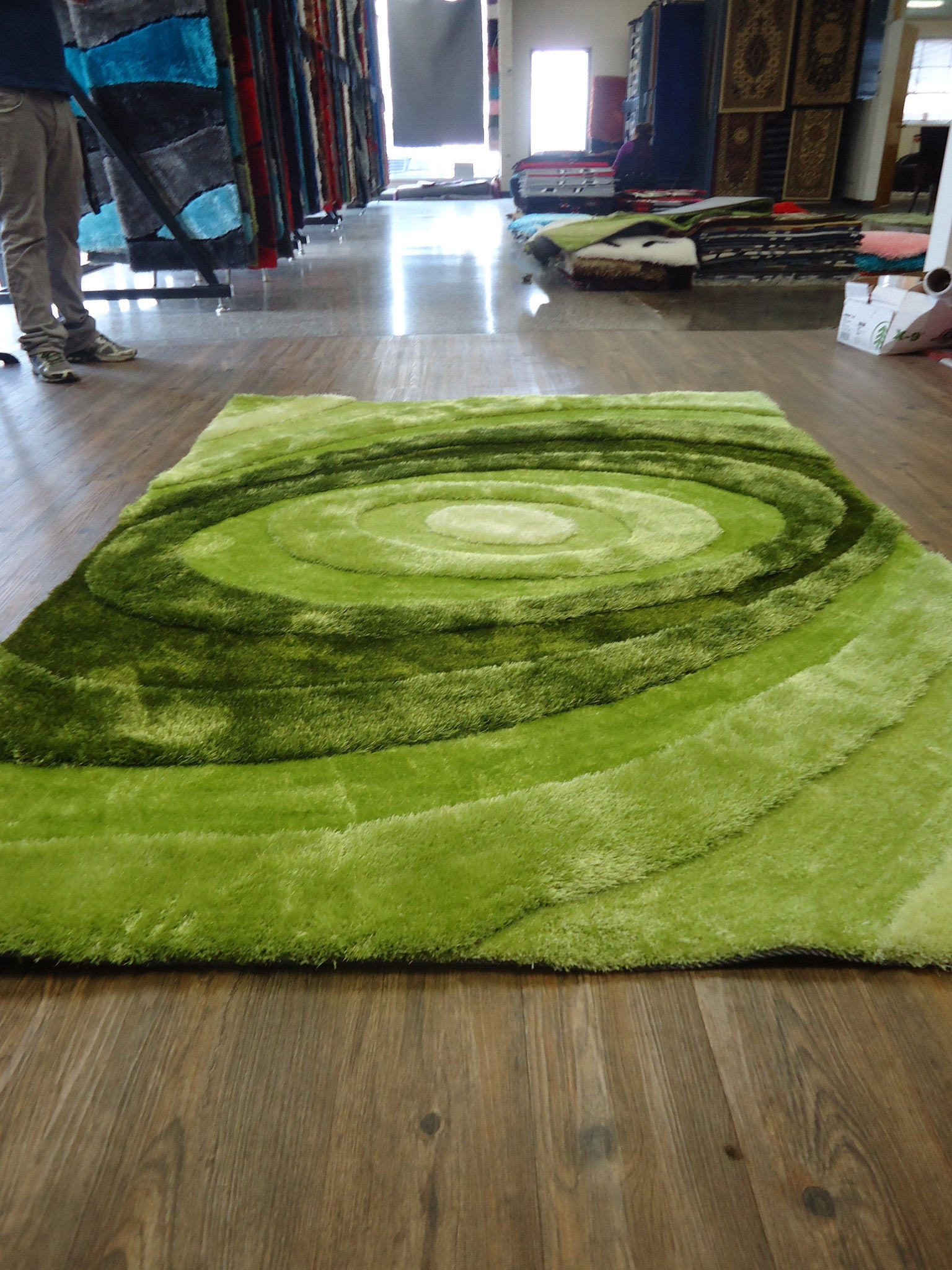 Handmade Vibrant Green 3 Dimensional Shag Area Rug With Hand Carved Design ,
