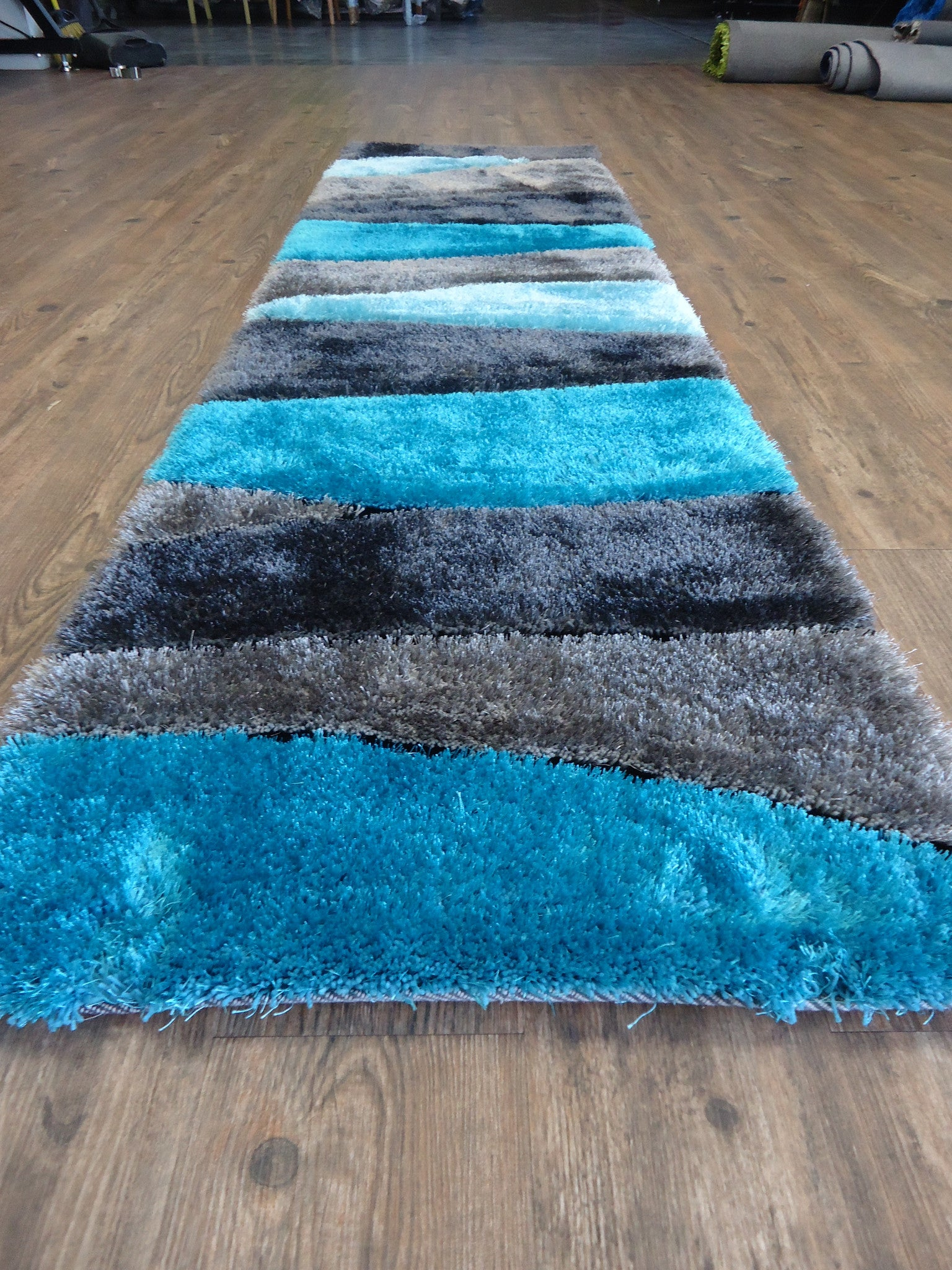 ... Handmade Vibrant Gray With Blue Shag Area Rug With Hand Carved Design , Area  Rug ...