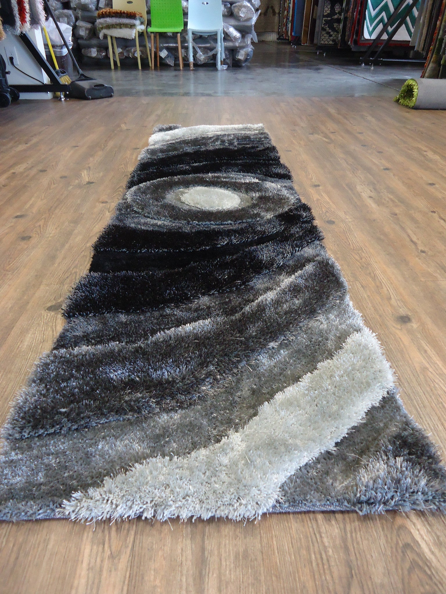 ... Handmade Black U0026 Gray Dimensional Shag Area Rug With Hand Carved Design  2u0027 X 7 ...