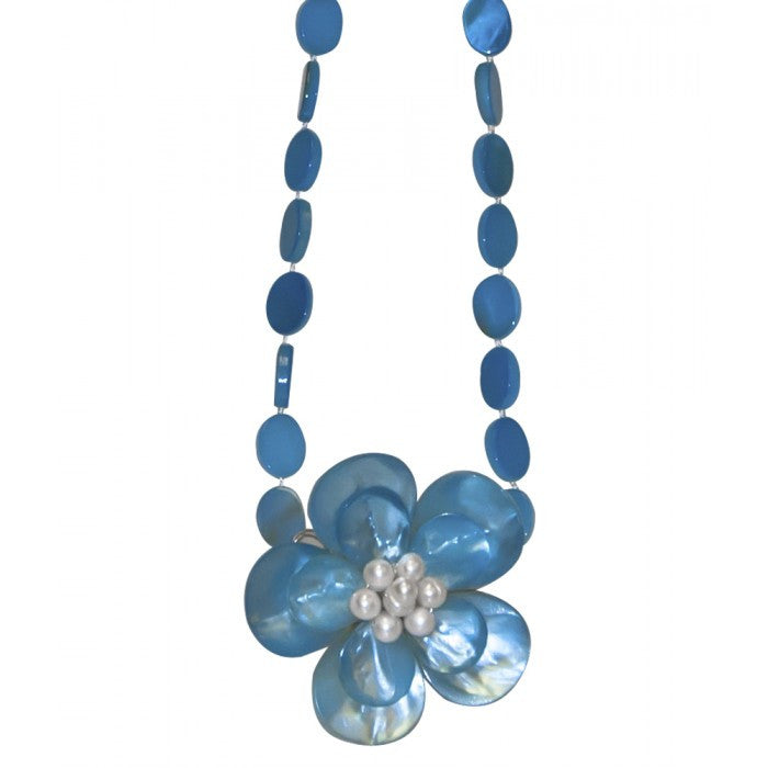 Flower Shell with Pearls Necklace - Blue