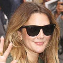 drew-barrymore-wayfarer-sunglasses