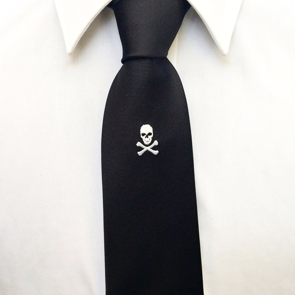 Black Skull & Crossbones Embroidered Silk Tie