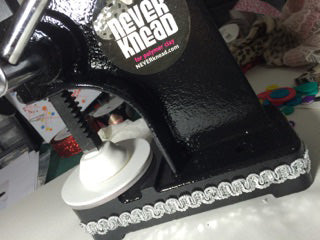 Decorate your NEVERknead Polymer Clay Kneading Machine with sequins