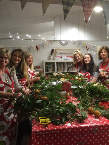 Christmas Wreath Making Class - www.lovinglymadeltd.co.uk