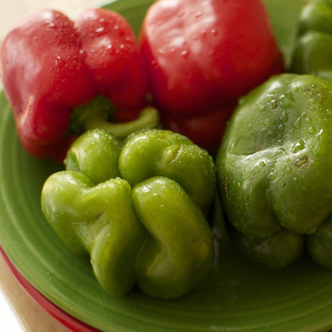 California Wonder Peppers Seeds - Red and Green Sweet Bell Peppers