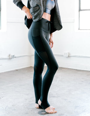 Stirrup Legging Black