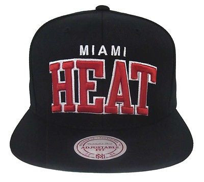 Miami Heat Snapback Mitchell & Ness Arch Cap Hat Black