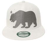 California Republic Snapback Whang XL Bear Retro Cap Hat White