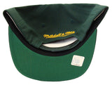 Green Bay Packers Snapback GB Logo Mitchell & Ness Cap Green