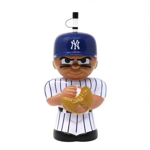 New York Yankees 16 oz. 3D Character Teenymates Big Sip Bottle