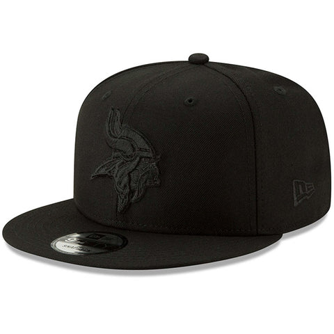 Minnesota Vikings Snapback New Era 9FIFTY Black on Black White Hat Cap