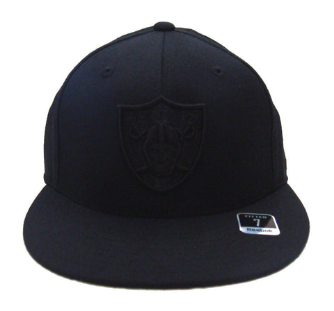 Oakland Raiders Fitted Reebok Black on Black Cap Hat Size 7 1/4