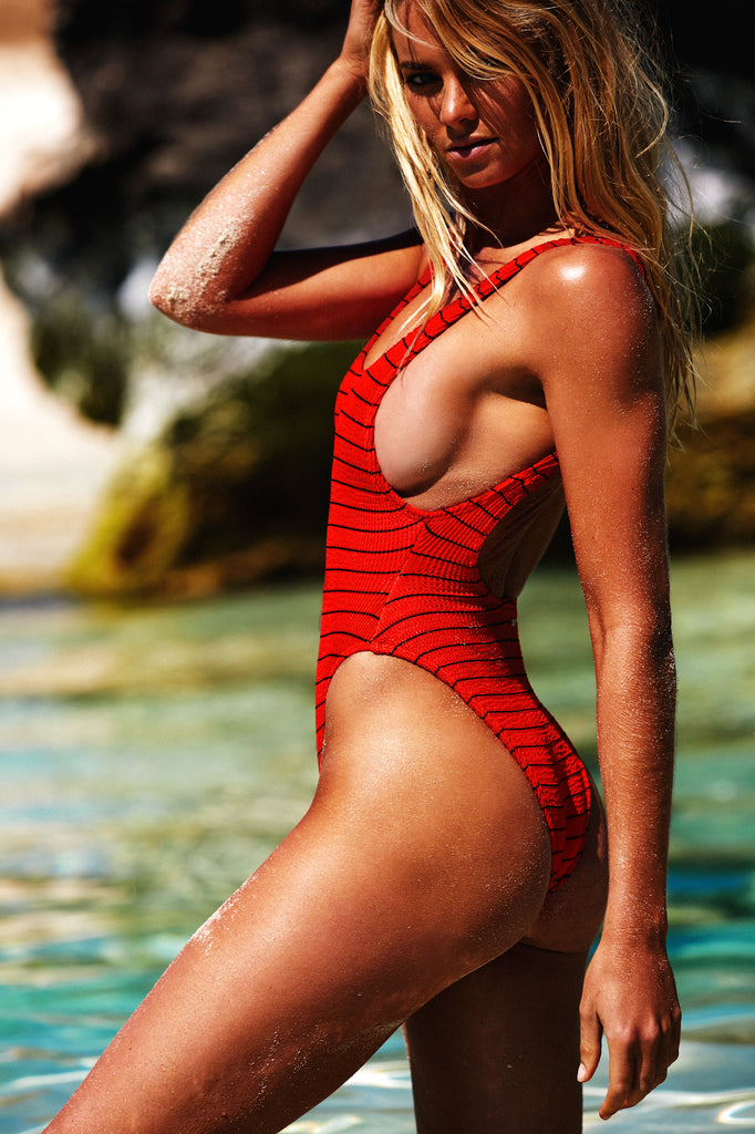 HIGHTIDE ONE PIECE - FIRE RED