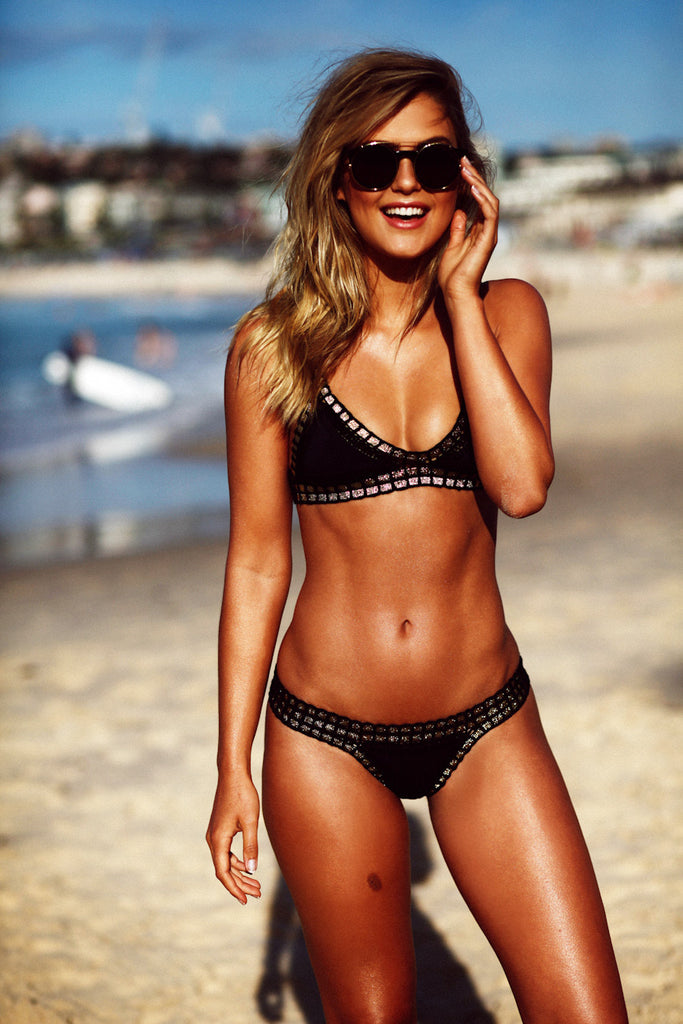 CHACHA BIKINI BOTTOM- BLACK WITH GOLD
