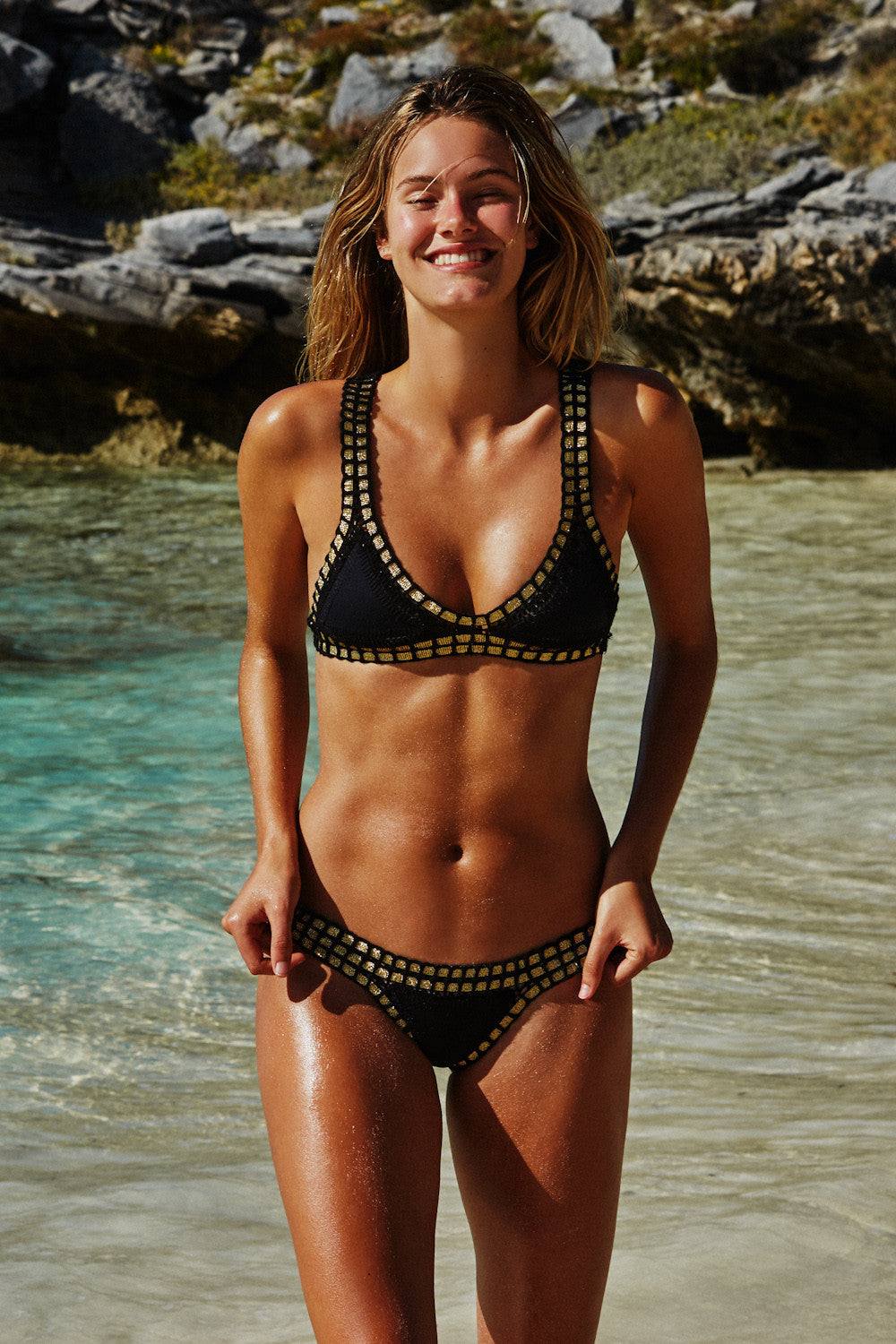 a02e4bd8e3 ... BIKINI TOP- BLACK WITH GOLD VIEW FULL SIZE ...