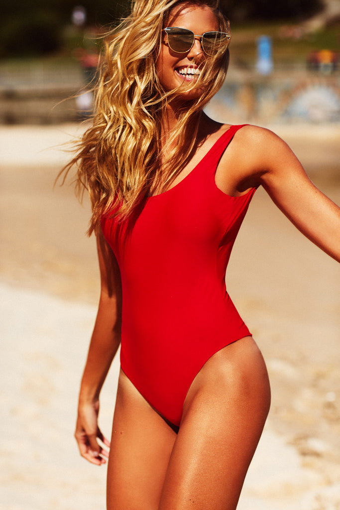 LOW BACK ONE PIECE - RED