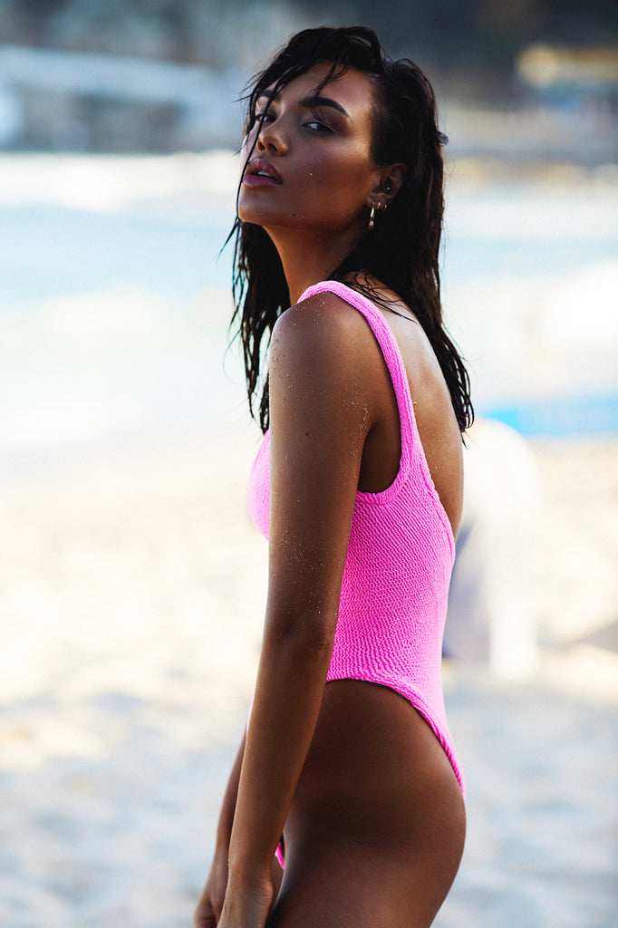 CLASSIC ONE PIECE - BUBBLEGUM PINK