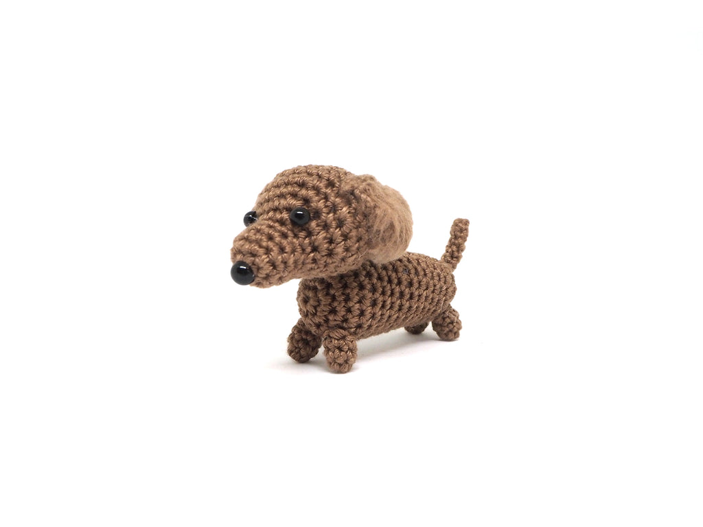 Crochet Dachshund Keychain *made upon order*