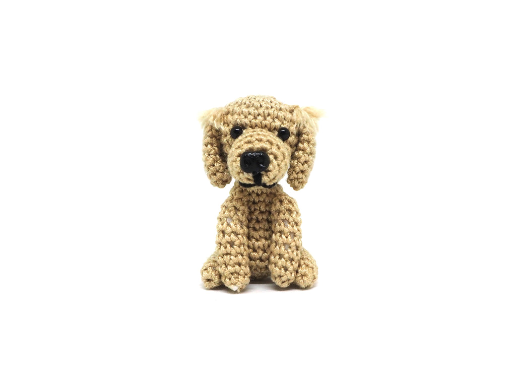 Crochet Golden Retriever Keychain *made upon order*