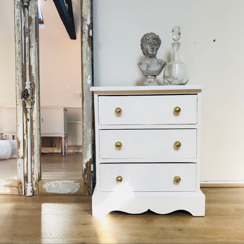 Pure White Chest of Drawers by Steph at La Di Da Interiors, Andover, Hampshire UK