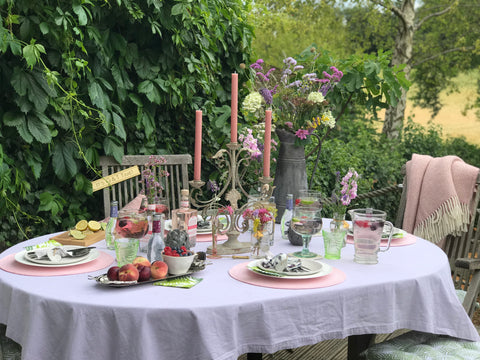 English Country Garden Al Fresco Table Setting