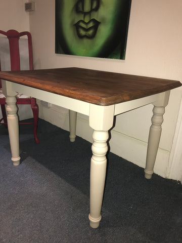 Small farmhouse table in a Country Grey SOLD