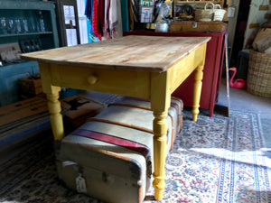 Buttercup Yellow vintage farmhouse table SOLD - La Di Da Interiors