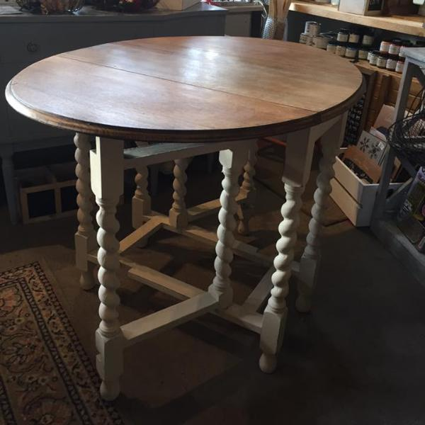 Upcycled oak drop leaf table