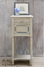 画像をギャラリービューアに読み込む, Annie Sloan Chalk Paint™ Country Grey - La Di Da Interiors