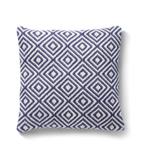 Lade das Bild in den Galerie-Viewer, Recycled Woven Diamond Cushion in Classic Navy Blue