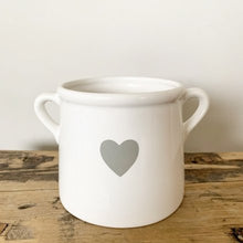 Charger l'image dans la galerie, Scandi Grey & White Heart Vase with Handles Small