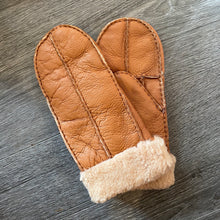 将图片加载到图库查看器,Ladies Sheepskin Mittens - La Di Da Interiors
