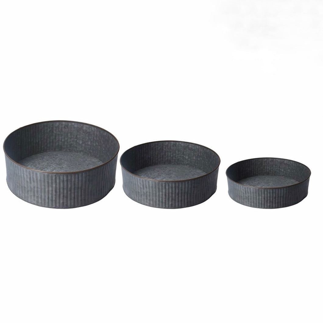 Set of 3 Galvanised Ribbed Trays