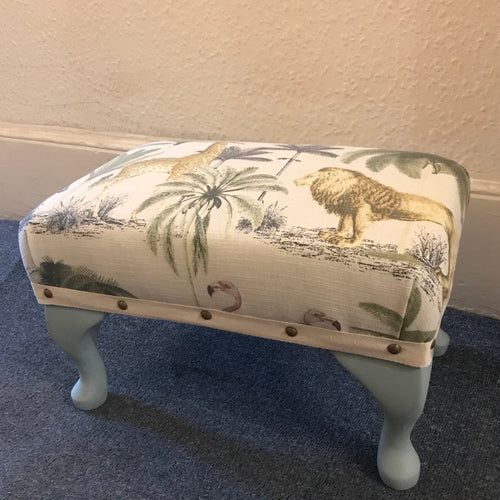 Make a footstool workshop - La Di Da Interiors