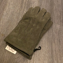 Lade das Bild in den Galerie-Viewer, Gents suede sheepskin gloves